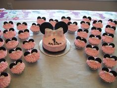easy first birthday cake ideas for girls | smash cake matching cupcakes minnie mouse smash cake vanilla cake ...
