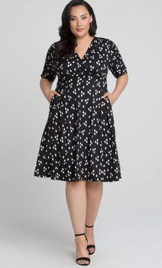 Gabriella Dress - Retro Onyx Abstract #plussize #plussizefashion