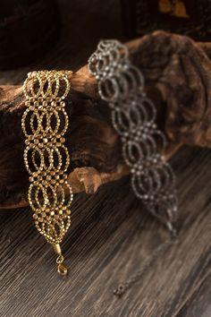 Mothology.com - Gold Tone Bracelet, $25.50 (http://www.mothology.com/gold-tone-bracelet/)