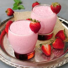 Strawberry lassi ~ All the goodness of lassi now even tastier with a dash of spring and summer!