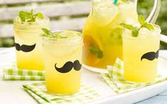 Lemonade or Limeade Base Bourbon Cocktails, Cocktail Recipes, Do It Yourself Videos, Summer Barbecue, Honey Recipes, Tips & Tricks, Fresh Lemon Juice, Summer Drinks, Beverages