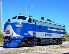 Columbia Star Dinner Train, EMD F7(A) diesel-electric locomotive in Columbia, Missouri, USA