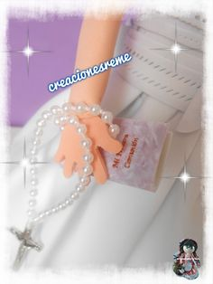 Misal y rosario para muñeca fofucha de comunion ,miniaturas hechas a mano Muñequitas fofuchas de goma eva Creacionesreme