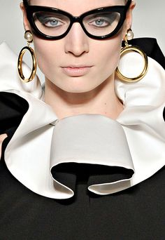 Moschino, Autumn 2011 - it's all about being bold, bold and 'eye catching'!