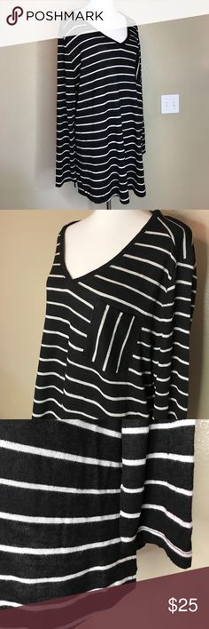 """NWOT  {Ava&Viv} Knitted Striped Sweater 🎄 I absolutely love striped shirts! Oh my goodness! You will love this one too! Has a pocket on the front and is approx 30"""" long and approx 26"""" pit to pit. Ava & Viv Tops"""