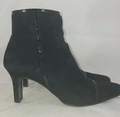 Salvatore Ferragamo Florence Women's Vintage Black Suede Ankle Boots 8 B #SalvatoreFerragamo #Boots