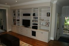 A Built-in Audio/video Wall Unit