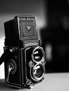 """""""antique & vintage cameras make great decor accessories especially for that well traveled collected look - great way to repurpose old cameras especially paired with old maps & old books (maybe 2 mismatched as a """"pair"""" of bookends)"""" Carolyn Williams, Antiques Dealer, Atlanta #Cameras"""