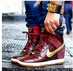 Nike Dunk Sneaker Wedge - I'd rock these in a heart beat! Beautiful burgundy croc print Nike sneakers with a gold swoosh! Nike Dunks, Nike Outfits, Sporty Outfits, Cute Shoes, Me Too Shoes, Iphone 5c, Sneak Attack, Sneaker Games, Nike Heels