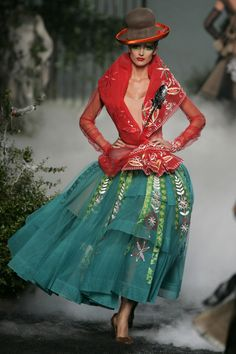 John Galliano for Christian Dior Fall Winter 2005 Haute Couture