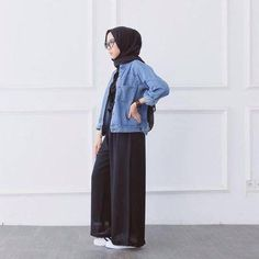 Casual Hijab Outfit, Hijab Chic, Modest Fashion, Fashion Outfits, Classy Fashion, Party Fashion, Fashion Fashion, Fashion Trends, Jeans Overall