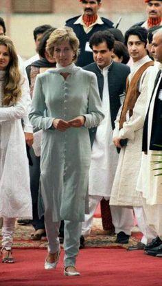 June 22, 1996: Diana at the Shaukat Khanum Memorial Hospital, Lahore, Pakistan.