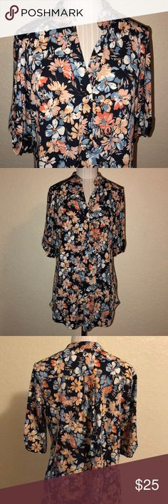 🤑🛍🌸🌺 Floral blouse 🌺🌸 💕 worn once in excellent condition perseption concept Tops