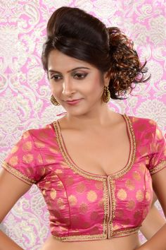 Light Pink Weaved brocade blouse in u Beautiful Girl Photo, Beautiful Girl Indian, Most Beautiful Indian Actress, Beauty Full Girl, Cute Beauty, Beauty Women, Beautiful Blouses, Beautiful Saree, Indian Wedding Poses