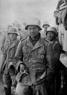 The image from the Nazi Propaganda! depicts soldiers of the German Wehrmacht after a combat mission in Egypt, published 17 January Place unknown. Luftwaffe, Nazi Propaganda, Ww2 History, Military History, North African Campaign, Erwin Rommel, Afrika Korps, German Uniforms, War Photography