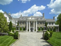 Traditional Estate In Greenwich, Connecticut.