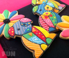 Colorful Puppies and Flowers! Decorating with Royal Icing...