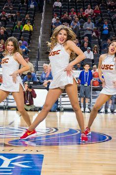 Cheer Team Pictures, Cheerleading Pictures, College Cheerleading, Cheerleading Outfits, College Basketball, Bikini Bustier, Cheerleader Pantyhose, Redskins Cheerleaders, Professional Cheerleaders