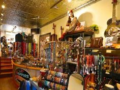 Aspen shopping: Two Old Hippies