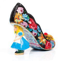 sapatos inspirados no filme Alice no país das maravilhas 1