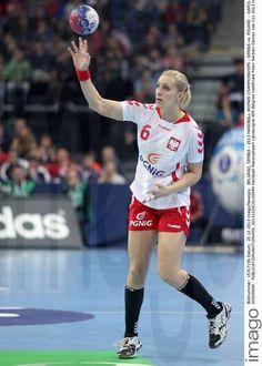 Karolina Siodmiak - Fotos | imago images Running, Sports, Image, Women, Handball, Pictures, Hs Sports, Keep Running, Why I Run