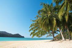 Island Hopping -retki, Pulau Beras Basah Island | Let's go! | www.tjareborg.fi Solo Trip, Varanasi, Where The Heart Is, Solo Travel, Beautiful Places, Island, Beach, Water, Holiday