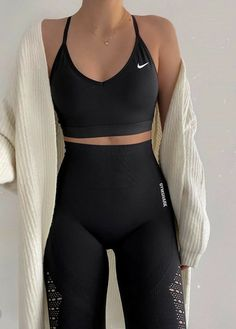 Lazy Outfits, Cute Comfy Outfits, Sporty Outfits, Teen Fashion Outfits, Cute Fashion, Stylish Outfits, Trendy Fashion, Latest Fashion, Gym Outfits