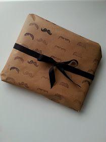 ROBIE W DOMU: Papier do pakowania DIY wąsy
