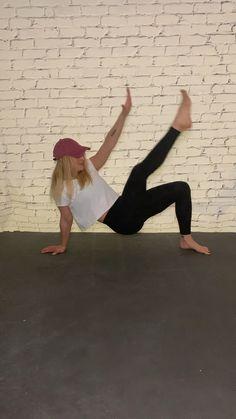 No equipment pilates core workout routine. Pilates Workout Routine, Pilates Training, Fitness Workouts, Surf Workout, Pilates Reformer Exercises, Cardio Pilates, At Home Workouts, Fitness Motivation, Core Pilates