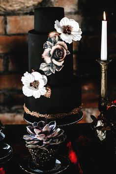 wedding cakes black Jaw-Dropping Halloween Wedding Cakes: Black Wedding Cakes wedding cakes cakes elegant cakes rustic cakes simple cakes unique cakes with flowers Black Wedding Cakes, Elegant Wedding Cakes, Beautiful Wedding Cakes, Perfect Wedding, Fall Wedding, Dream Wedding, Gothic Wedding Cake, Party Wedding, Wedding Ceremony