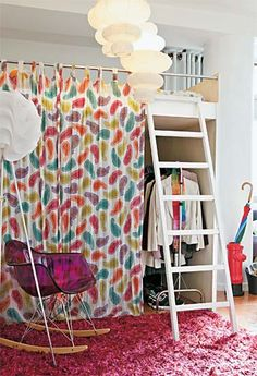 bed and closet! Curtain Wardrobe, Boys Curtains, Ideas Armario, Master Bedroom Closet, Small Space Living, Small Spaces, Dorm Decorations, Small Apartments, Girl Room