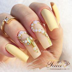 Bridal Nails Designs, 3d Nail Designs, Acrylic Nail Designs, Acrylic Nails, Glam Nails, Toe Nails, Glitter Nails, Nail Jewels, Elegant Nails