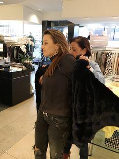 Das war ein angenehmer Nachmittag bei Frau #Rillmann in der Boutique 61. Tolle #Kleider, perfekte #Beratung und große Vorfreude auf unsere #PIXX #Gala, da dürfen wir die Kleider endlich tragen. www.g-rillmann.de/
