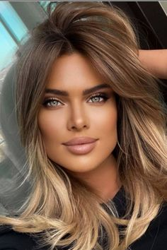 Most Beautiful Faces, Stunning Eyes, Beautiful Women Pictures, List Of Hair Colors, Rubin Rose, Beauté Blonde, Belle Silhouette, Gorgeous Blonde, Cool Hair Color