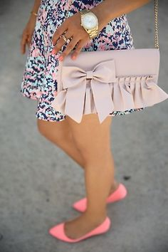 Ruffled Bow Bag - Neutral Tone