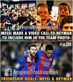 Miss u Neymar in Fc Barcelona. But u r always a part of Barça even if u r playin for another team . True friendship Messi n Neymar . Messi And Neymar, Messi Soccer, Soccer Memes, Soccer Quotes, Football Memes, Sports Memes, Funny Soccer, Funny Sports, God Of Football