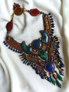 Bead embroidery necklace by Irina Chikineva.  Wow.  http://beadsmagic.com/?paged=2#
