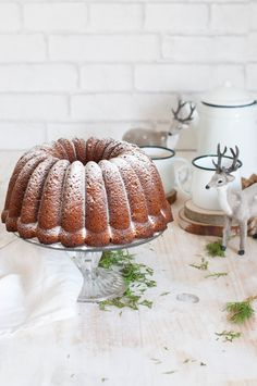 carrot pineapple walnut bundt cake with cream cheese