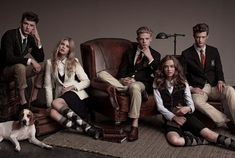 modern ivy league style women (and pose for PR posters! Estilo Preppy, Estilo Ivy League, Style Blog, School Fashion, Kids Fashion, Private School Uniforms, School Uniform Uk, School Staff, High School