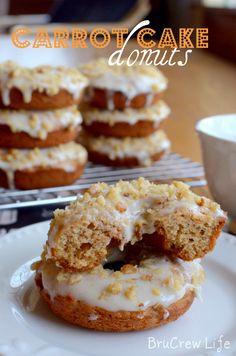 Carrot Cake Donuts - easy baked donuts that taste like carrot cake