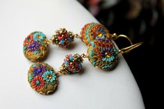 Asymmetrical earrings - Handmade Clay Cabachons and beaded beads with Brass bezels gold earrings - trio de couleurs