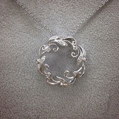 This diamond necklace is simply beautiful #SJJewelers #diamonds #whitehold #necklace #wreath #jewelry