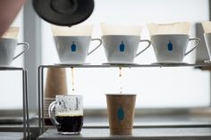 Blue Bottle Coffee on Abbot Kinney in Venice. Drip Coffee, V60 Coffee, Coffee Shop, Coffee Cups, Coffee Pour Over Stand, Coffee Stands, Brew Stand, Blue Bottle Coffee, Perfect Cup