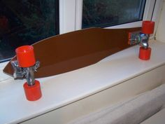1976 Fibreflex Henry Hester Slalom deck after restoration. New rubber grip, reproduction sticker (thanks to Dennis Allgeier). Set up with Gullwing Phoenix H.P.G IV trucks and NOS To wheels.
