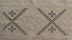 Hardanger Embroidery, Bohemian Rug, Diy And Crafts, Costume, Traditional, Rugs, Home Decor, Towels, Hipster Stuff