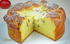 Reteta culinara Pasca cu aluat de cozonac (video) din categoria Dulciuri. Specific Romania. Cum sa faci Pasca cu aluat de cozonac (reteta video)