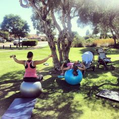 Fit mum's workouts @ Jacaranda springs #fitmums #mumsandbubs #active4life #personaltraining #fitness #postnatal