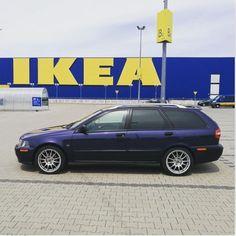 Photo by @dziadek_v40 of his V40 T4 at IKEA. #Volvo #V40 #T4 #sportswagon #wagon #V40T4 #VolvoV40 #VolvoIcon #VolvoMoment #volvostance #volvonation #VolvoFamily #swedespeed #swedishmetal #swedishcommodore #VolvoCollab2017 #thevolvocollaboration #volbro #InstaCar #InstaVolvo #volvostagram #volvopolestar #polestar #volvojoyride #volvocars #volvoforlife #volvoofinstagram #volvobrick #turbobrick #volvolife
