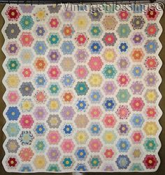 www.Vintageblessings.com Tiny Pieces! Fussy Cut Vintage 30s Grandmothers Flower Garden QUILT 77x73