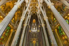 Basílica i Temple Expiatori de la Sagrada Família Barcelona Catalonia Spain  www.alamy.com/image-details-popup.asp?ARef=G08GGX  #barcelona #spain #familia #sagrada #church #gaudi #europe #architecture #landmark #travel #famous #building #catalonia #monument #catalan #cathedral #spanish #religion #catholic #tourism #gothic #art #antoni #history #construction #roman #christianity #stone #modern #beautiful